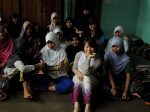 Misato Nakayama gets a pic with friends at Dian Interfidi in Indonesia