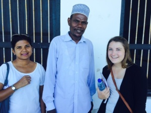 The Head of Tumekuja School, Mr. Saloum, welcomes new English teacher Brieanna Griffin and AUA Zanzibar Country Coordinator Ulrica de Silva.